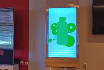 Køleskab med LCD skærm