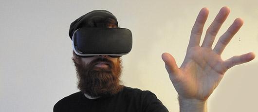 Med Virtual Reality teknologien tilbage til fremtiden